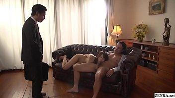 Девушка смотрит на трах супруга с любовницей и накапливается опыта в сексе