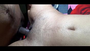 Извращенка с пробкой в заднице работает ртом и дрюкается верхом