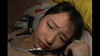 Молодец трахает в жопа опытную девчушку